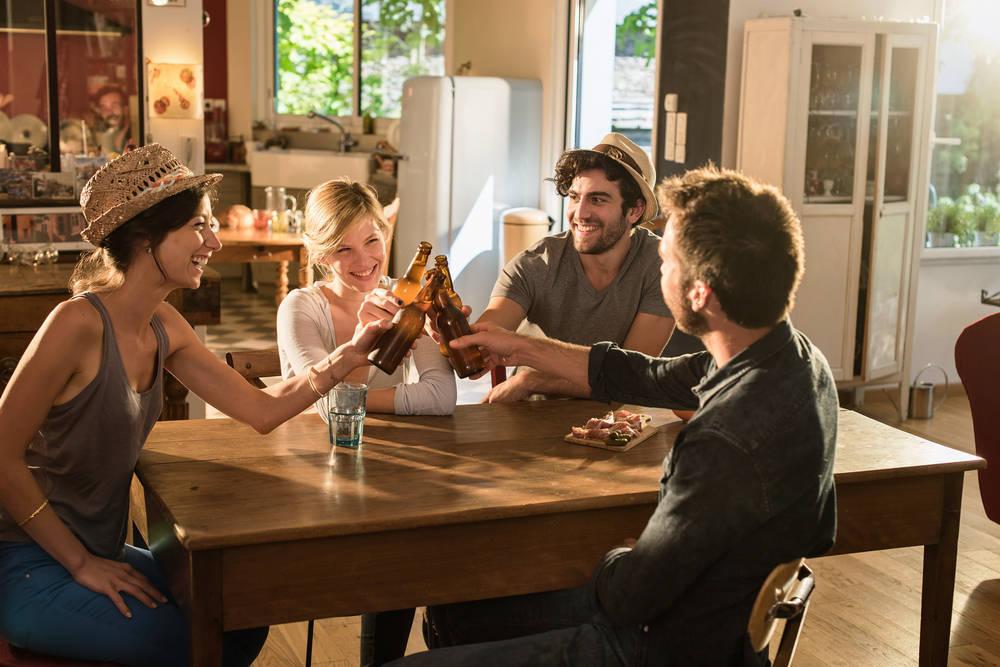 Estrenar casa y muebles, motivo de celebración